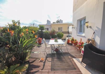 2 Bedroom Apartment in Oroklini <i>€ 79,000)}}