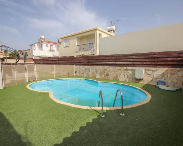 MLS10118 Four Bedroom House in Tersefanou