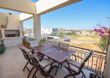 3 Bedroom Apartment in Oroklini <i>€ 139,950)}}