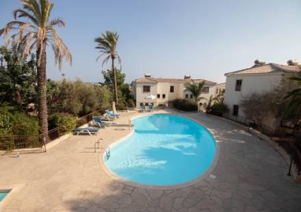 3 Bedroom Villa in Mazotos <i>€ 115,000)}}