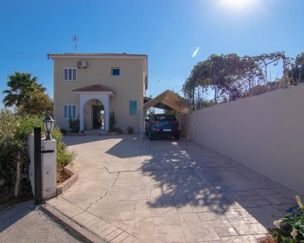 MLS10884 3 bedroom Villa in Frenaros