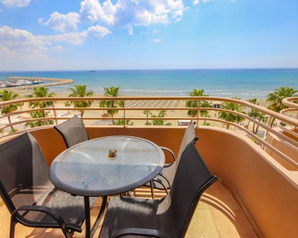 MLS1215 Two Bedroom Beachfront Apartment on the Finnikoudes