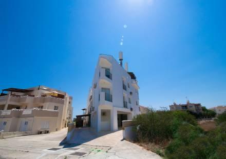 3 Bedroom Apartment in Kapparis <i>€ 119,900)}}