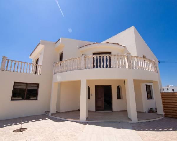 MLS3859 Three Bedroom Detached House in Kiti