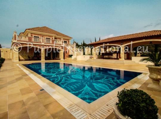 Unique Luxury 6 Bedroom Villa in Aphrodite Hills