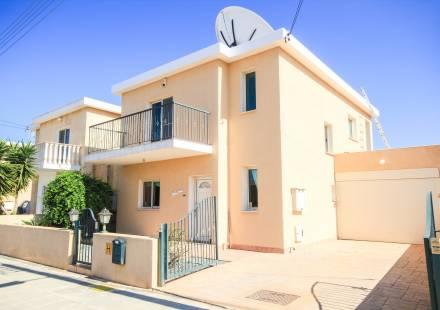 3 Bedroom Villa in Xylofagou <i>€ 254,950)}}