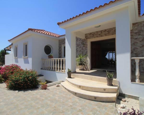 MLS4915 Unique Luxury 5 Bedroom Villa in Akoursos