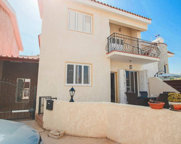 MLS5164 3 Bedroom villa in Paralimni