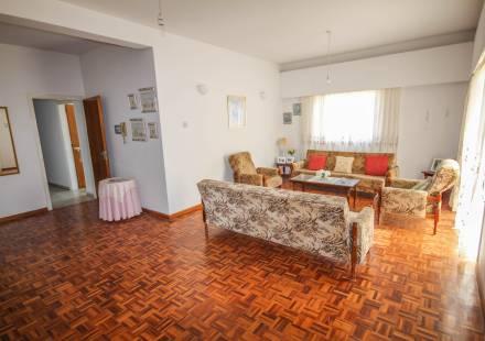 2 Bedroom Apartment in Larnaca Town <i>€ 89,950)}}