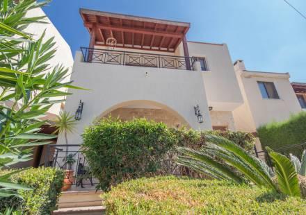 3 Bedroom Villa in Tala <i>€ 235,000)}}