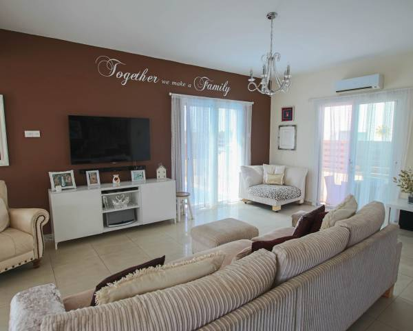 MLS7072 Immaculate Three Bedroom Detached Villa in Frenaros Village