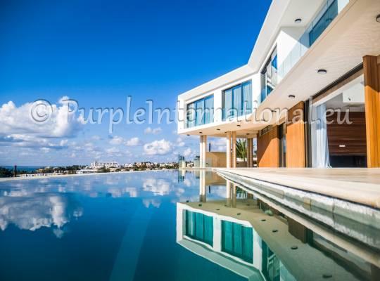 Luxury 5 Bedroom Luxury Villa In Potima Bay
