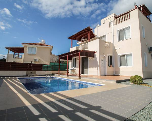 MLS7686 3 Bedroom Villa in Peyia