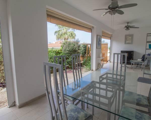 MLS8565 2 Bed Ground Floor Apartment In Emba