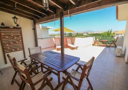 2 Bedroom Apartment in Kiti <i>€ 119,500)}}