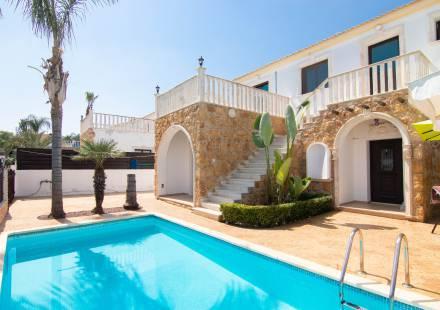 3 Bedroom Villa in Vrysoules <i>€ 189,500)}}
