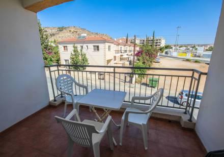 2 Bedroom Apartment in Oroklini <i>€ 90,000)}}