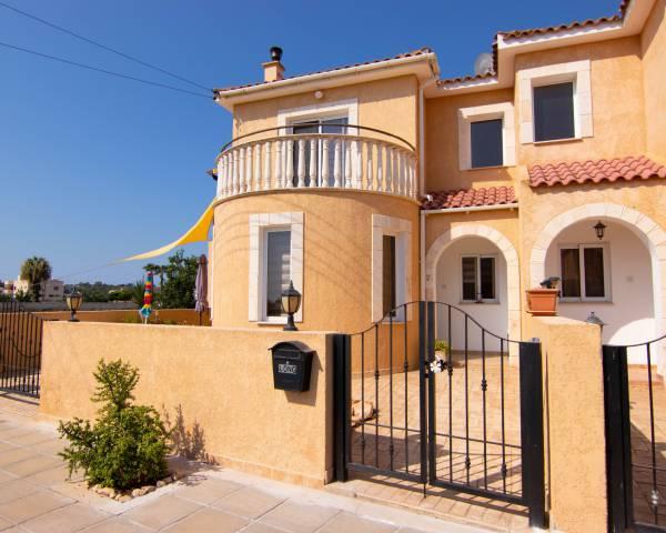 MLS8775 3 Bedroom semi-detached villa in Xylofagou