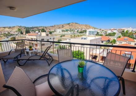 1 Bedroom Apartment in Oroklini <i>€ 85,000)}}