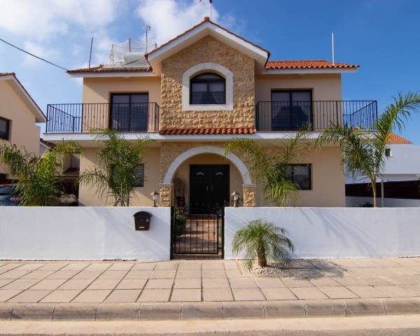 MLS9023 3 Bedroom Detached Villa in Frenaros