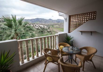 2 Bedroom Apartment in Peyia <i>€ 115,000)}}