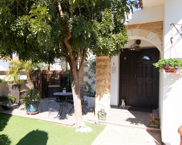 MLS9166 Beautiful 3 bedroom Bungalow in Frenaros