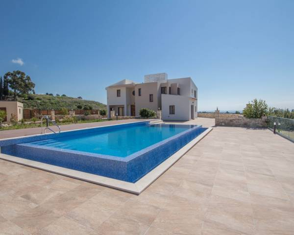 MLS9216 Luxury 4 Bed Villa In Kouklia