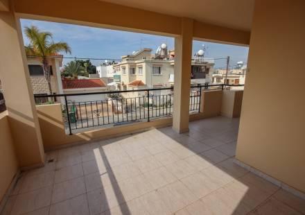 2 Bedroom Apartment in Pervolia <i>€ 95,000)}}