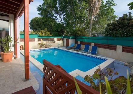 3 Bedroom Villa in Kissonerga <i>€ 265,000)}}