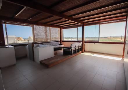 2 Bedroom Apartment in Pervolia <i>€ 119,500)}}