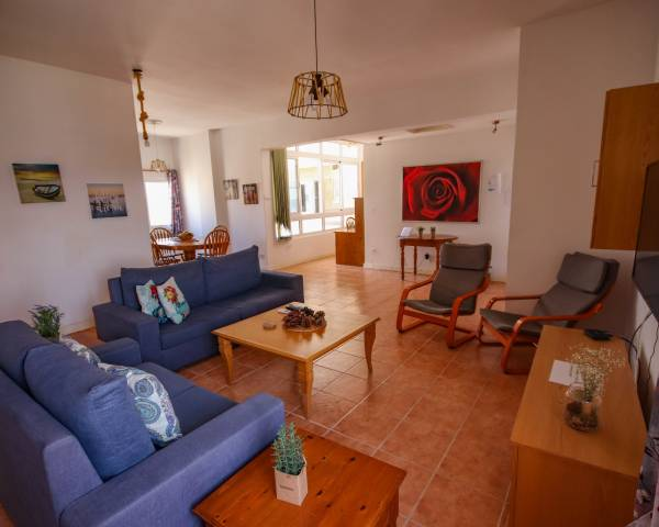 MLS9429 Three Bedroom Apartment in Central Larnaca
