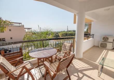 1 Bedroom Apartment in Tersefanou <i>€ 65,000)}}