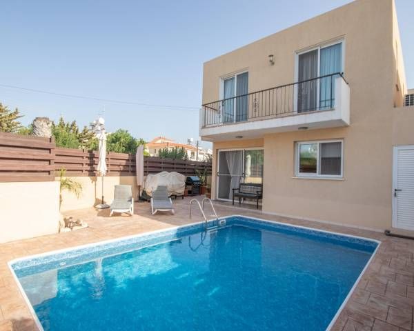 MLS9510 Three Bedroom Villa in Oroklini