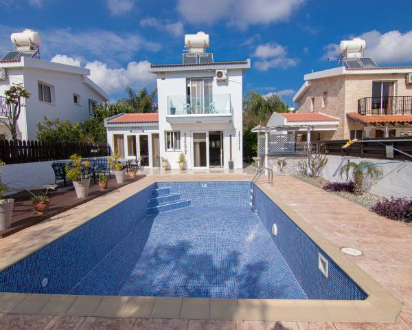 MLS9774 2/3 bedroom villa in Ayia Thekla